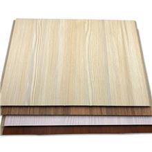 护墙板雕花 全屋定制护墙板厂家 世名建材 家装护墙板价钱