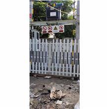 揚州現貨廠家直銷 PVC護欄 草坪護欄 花園圍欄