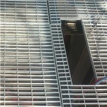 长期供应 钩盖板 脚踏钢格板 化工厂楼梯金属脚踏板 厂家
