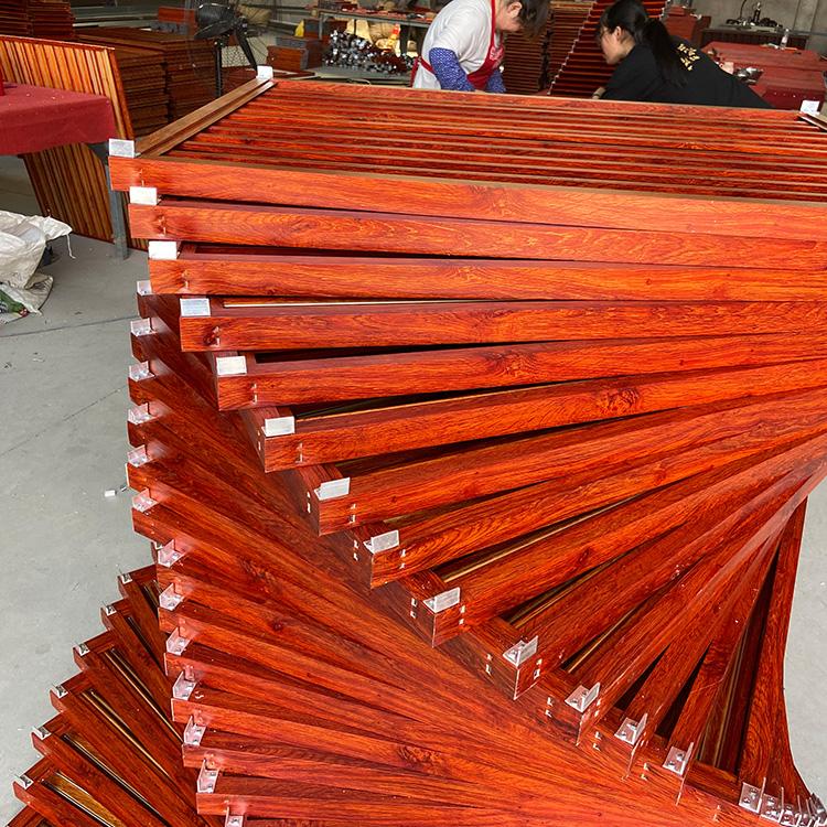 建筑防雨百叶窗 生产 阳台护栏百叶窗 木纹转印百叶窗 欢迎来电咨询