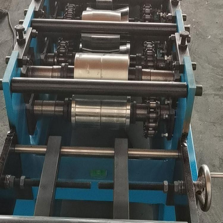现货销售 Q345BC型钢设备 C型钢机器 C型钢设备 匠心工艺