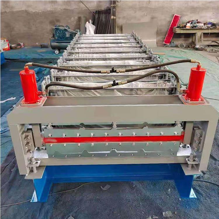 震宇压瓦机设备 冷弯成型设备 厂家生产 彩钢压瓦机 彩钢压瓦机