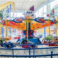 风筝飞行爬着玩的游乐设备_风筝飞行户外游乐设备_景区公园游乐设备