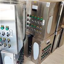 养殖环境控制器,猪舍环境控制系统,养猪场分娩舍配电箱