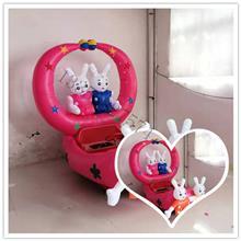沃奇广场儿童充气电瓶车使用机械刹车制动时间短,缓冲距离短,安全