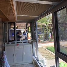 遮阳电动天蓬帘批发 伸缩电动挡雨天蓬帘 实地商家 电动天棚窗帘 规格可定制
