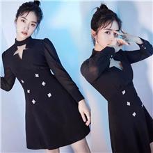 2021新季女装沈月明星同款镂空复古双排扣黑色连衣裙