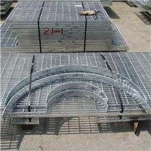 建筑格栅板厂家 品进扁钢焊接栏杆 逃生楼梯踏步 齿形防滑钢格板