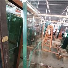 圣玻15夹胶玻璃 品牌原片加工厂 low-e中空玻璃 生产线加工设备齐全