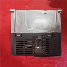 三菱三相变频器 FR-E740-2.2K-CHT