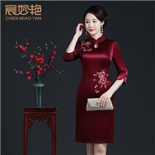 中老年女装红色复古改良版旗袍连衣裙女成人中长款妈妈装春装洋气