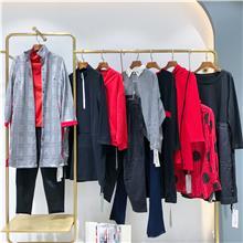 韩版时尚女装棉服批发  秋季女装新款批发货源  杭州女装批发市场