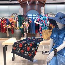 大码女装 中老年人女装 真丝路由器 大码连衣裙 走份批发 一手货源