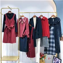 时尚女士棉衣杂款 大码女装货源批发  中老年秋季女装棉衣
