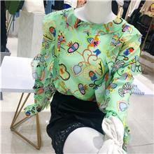 时尚潮牌女装尾货批发 广州女装批发市场  秋季女装大码棉服