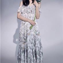 民族风刺绣真丝连衣裙 21新款夏 女装折扣尾货剪标 晒谷场女装拿货