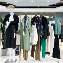 大码棉服女装批发货源  北京女装批发 一手货源  中老年女装批发市场